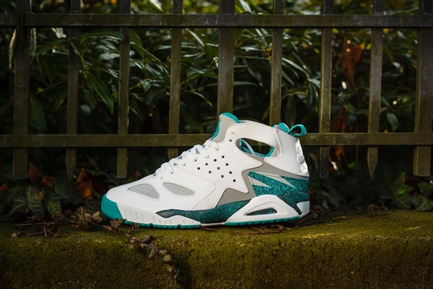 Nike Air Tech Challenge Huarache Turbo Green