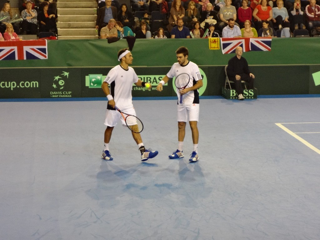Davis Cup 2012: first defeat for GB captain Leon Smith