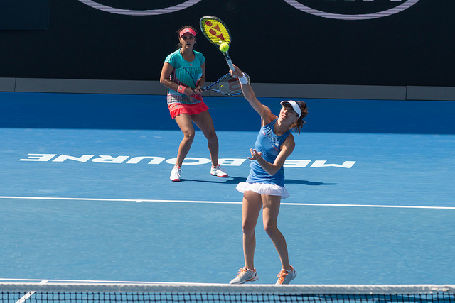 Australian Open 2016: Hingis and Mirza win the doubles title