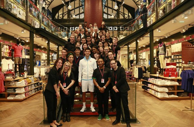 Djokovic at Uniqlo store Paris