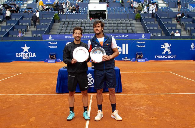 Marc and Feliciano Lopez claim the Barcelona Open trophy